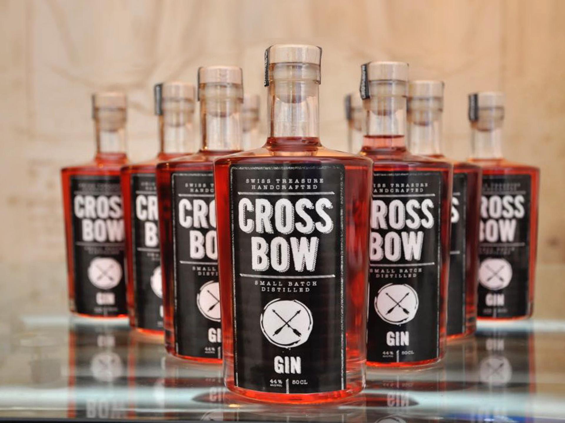 Sm Graphic Design Referenzen Logo Illustration Verpackung Packagingdesign Gin Alkohol Werbung Crossbow St. Gallen Birreria